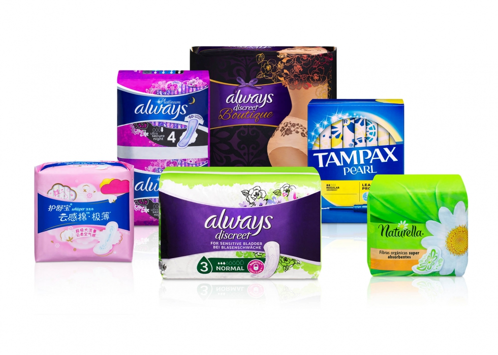 Product family of P&G feminine care products - P&G product photography