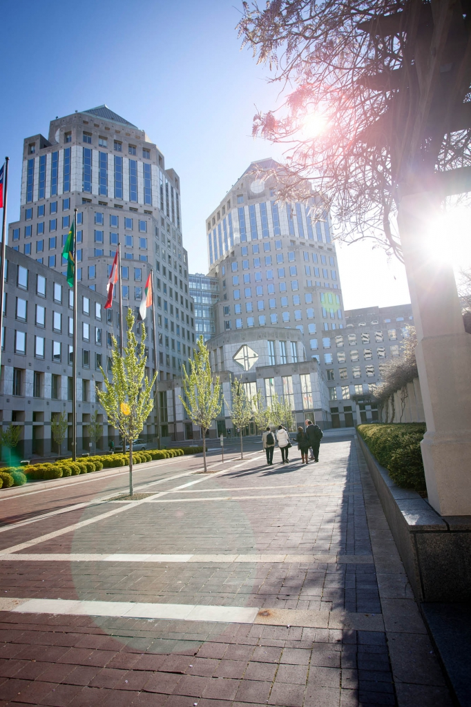 front drive of p&g main office in Cincinnati Ohio - architectural photography