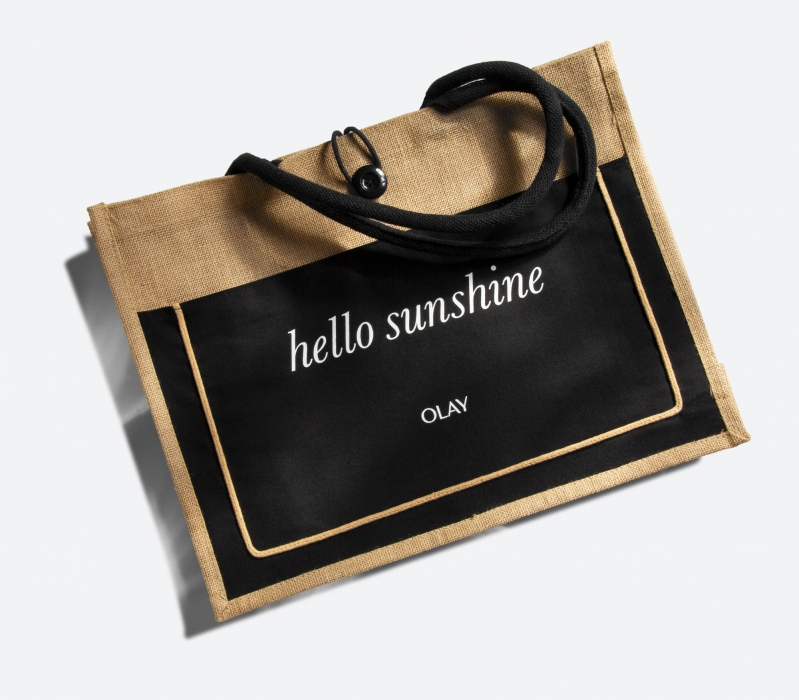 hello sunshine bag on white - p&g product photography