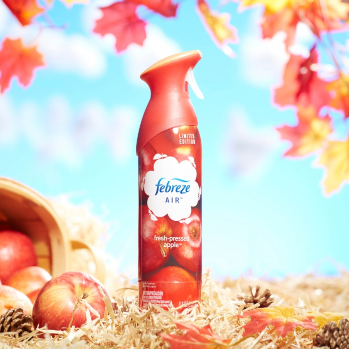 Febreze autumn photo with leaves - P&G product photography