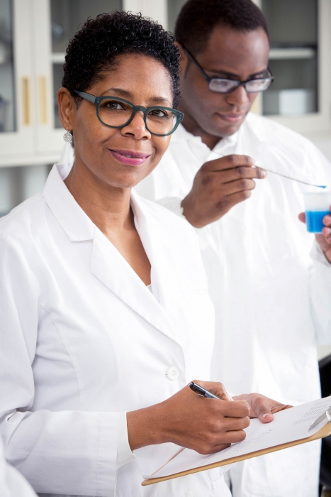 scientists work in a lab at p&g - workplace photography