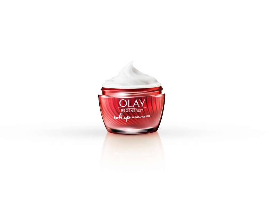 Olay regenerist whip no lid on white with reflection - p&g product photography