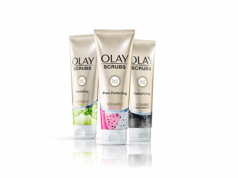 Olay scrubs family on white with reflections - p&g product photography