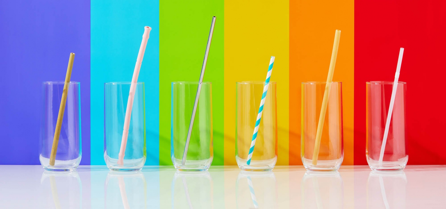 glasses with straws colored background - p&g product photography