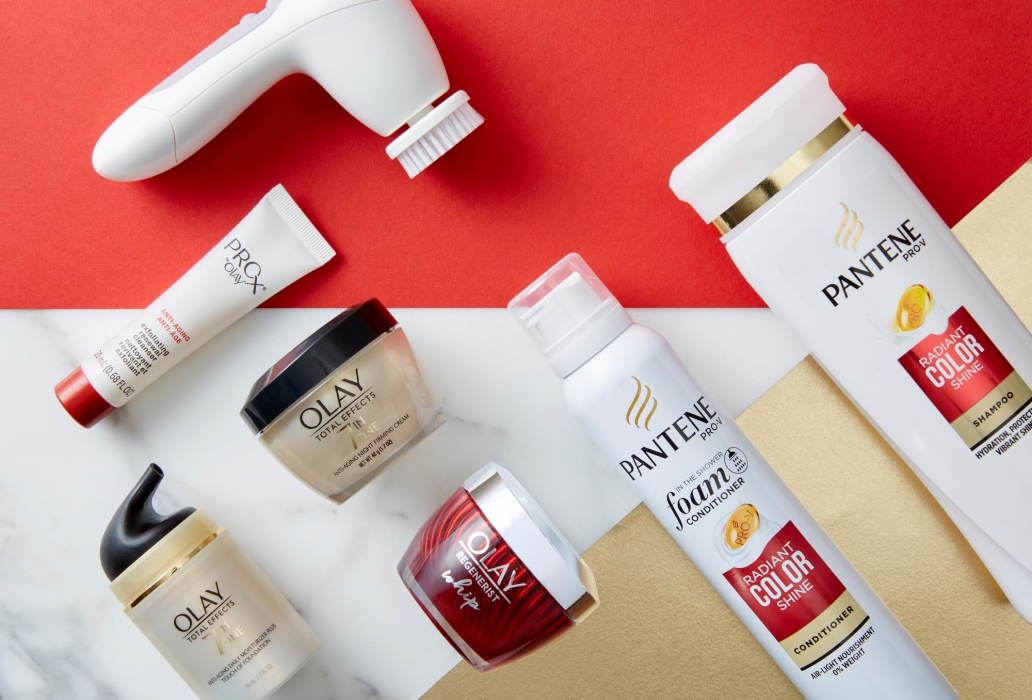 Patnese and olay product for website banner - product photography